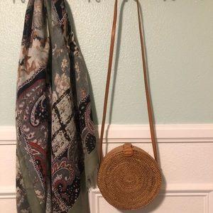 Hand woven straw round hand bag